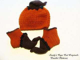 197_hat_booties_pumpkin_me_small2