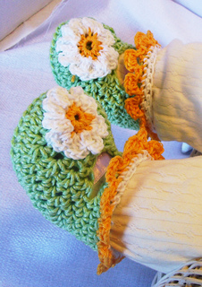 Greendaisybooties_small2