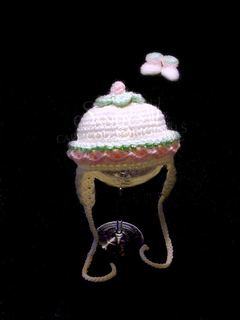 102a_hat_small2