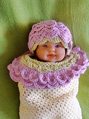 Pretty_posey_doll2_small