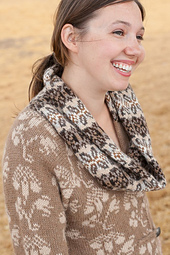 Esther_scarf_detail_small_best_fit