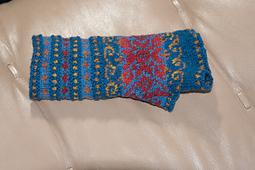 Capillifolium_gloves_3_small_best_fit