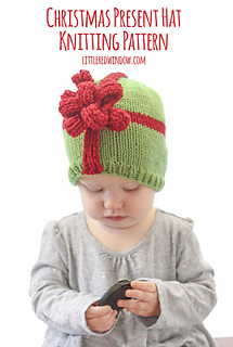Christmas_present_hat_baby_knitting_pattern_01z_littleredwindow_small2