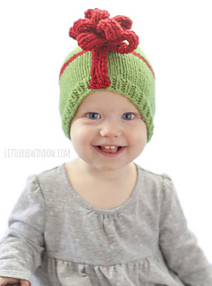 Christmas_present_hat_baby_knitting_pattern_03z_littleredwindow_small2