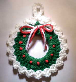Ravelry Christmas Wreath Ornament Pattern By Amy Sobush