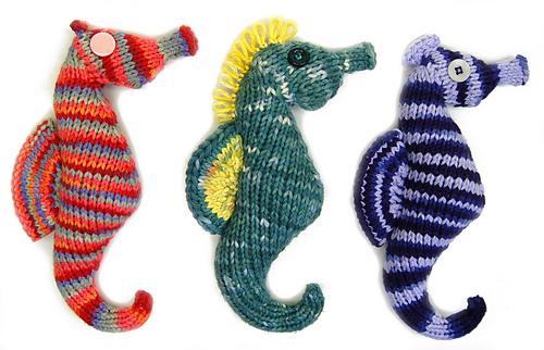 Ravelry Seahorse Flat Knit Version Plush Toy Pattern By Cheezombie