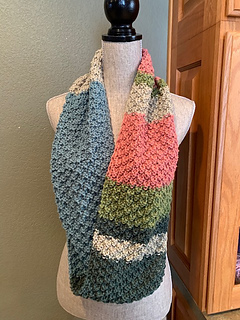 0f327b4a155a Ravelry  Double Moss Stitch Cowl pattern by Louis Chicquette