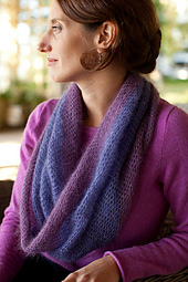 Crocheted-moebius-cowl6_small_best_fit