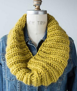Fisherman's Rib Cowl in Four Gauges pattern by     - Ravelry