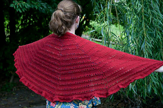 Mom_s_shawl1_small2