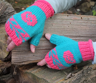 Floribunda_mitts__nearly_square__small2