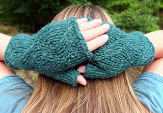 Winding_road_mitts_08-24-14__1_small2