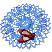 Blossoming_doily_rug_small_best_fit
