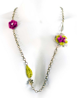 Long-necklace_small2