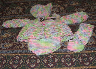 Infant_sweater_set_008_small2