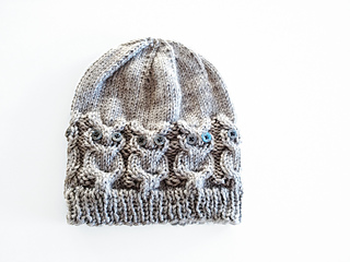 Gray_owl_hat_small2