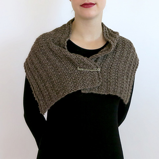 Fear-of-commitment-cowl-01_small2