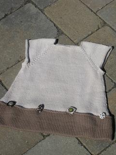 Button_child_s_tunic_1-julie_wiesenberger_small2