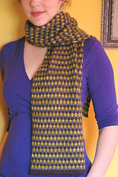 Tricolorscarf1_small_best_fit