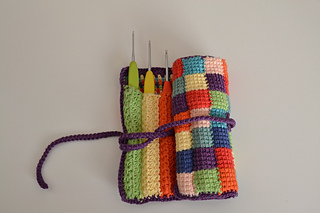Trousse_aux_crochets_light_small2