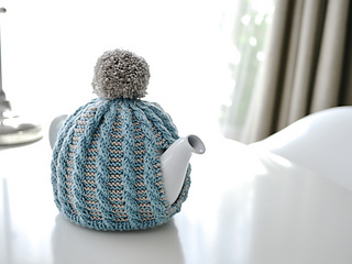 Cable_tea_cosy_small2