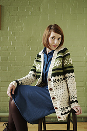 Chunky_snowflake_cardigan_pattern_item_small_best_fit