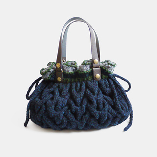 Miranda_knitted_bag_small2