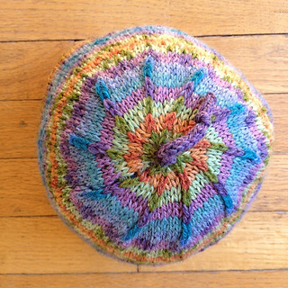 Fair_isle_hat_spring_spiral_top_small2