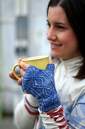 Anne_smiling_with_mug_small_best_fit