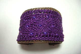 Dragon_scales_cuff_beads_1_small2