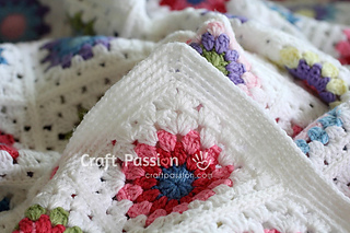 Granny-square-afghan-10_small2
