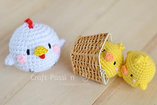 Amigurumi Bunny Pencil Holder : Ravelry hen chicks amigurumi pattern by amigurumei