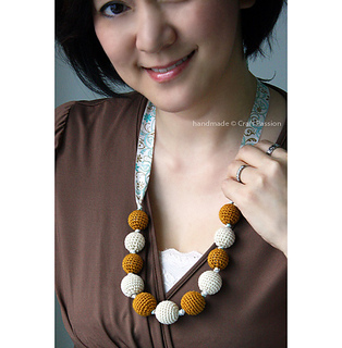 Crochet-bead-necklace-4a_small2