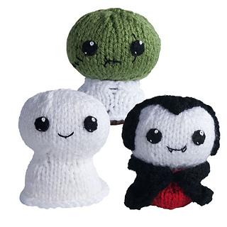 0308-knit-amigurumi-trickortreat1_small2