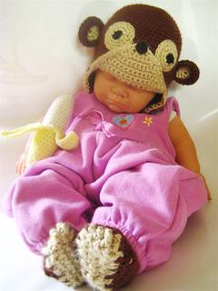 Monkeying_around_fullbaby_small2