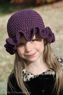 Ella_hat_small2
