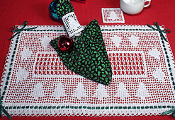 Christmas_tree_placemat_set_small_best_fit