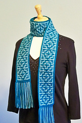 Crochet_mosaic_scarf_1_small_best_fit