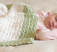36005802_p52_ivory_andgreen_blanket_small_best_fit