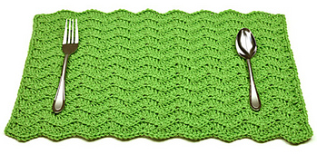 Crochet_solid_chevron_placemat_small_best_fit