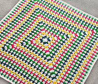Crochet_solid_granny_square_blanket_small_best_fit