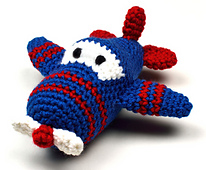 Crochet_airplane_small_best_fit