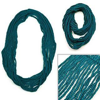 Crochet_infnity_chain_scarf_small2