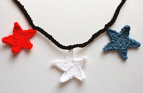 Crochet_star_garland_medium