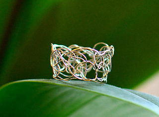 Crochet_wire_ring_small2
