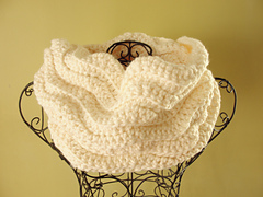 Cream_cowl_small