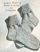 Lady_s_walking_socks_small_best_fit
