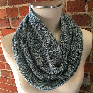 Shop_hop_2016_sketch_cowl_3_small2
