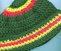 Chunky_stripe_kids_hat_side_fix_small_best_fit