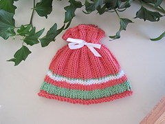 Coral_reel_baby_hat_2_small